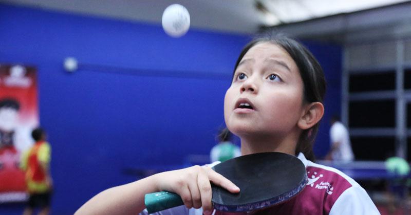 Vino desde Ibagué con la ilusión de ser parte del Festival de Tenis de mesa