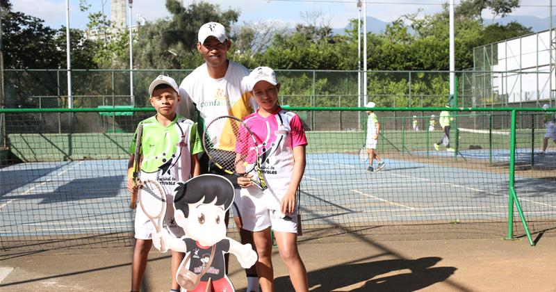 Los sueños de Sucre de hacen realidad en el tenis de campo