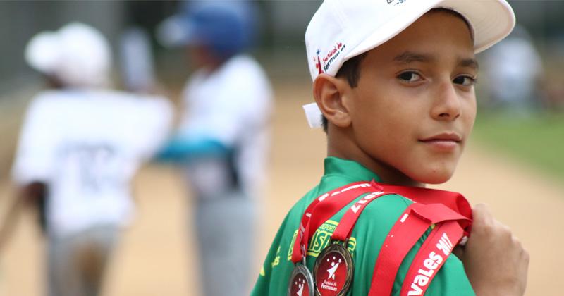 Jassir dice presente en Atletismo y Béisbol