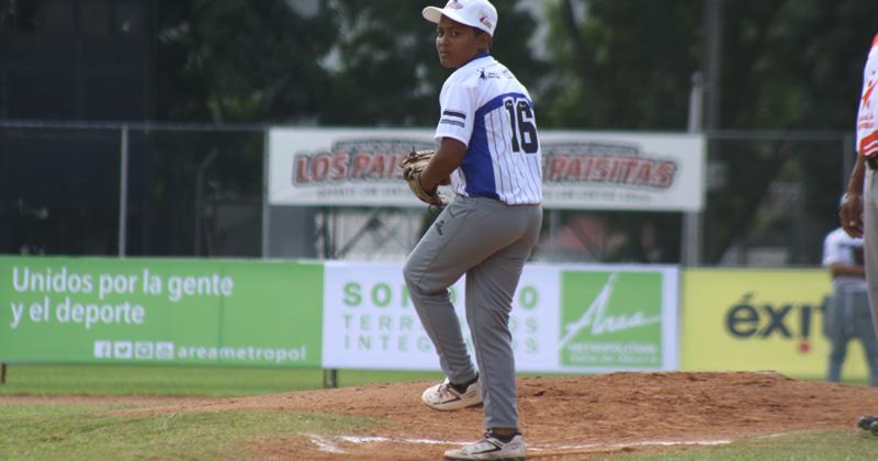 """""""Mingo"""", del béisbol profesional a enseñar a los más pequeños"""
