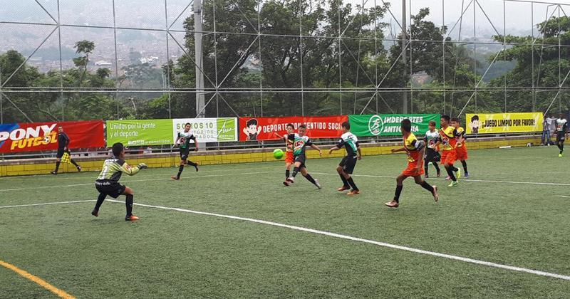 La lluvia no ahogó la alegría del cuarto fin de semana del preselectivo de Medellín