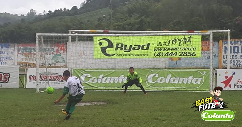 Semifinales en Anserma se definieron desde el punto penal