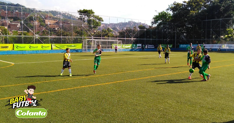 En la mitad del Selectivo Medellín del Babyfútbol Colanta, Los Alcázares y los Pinos llevan puntaje perfecto