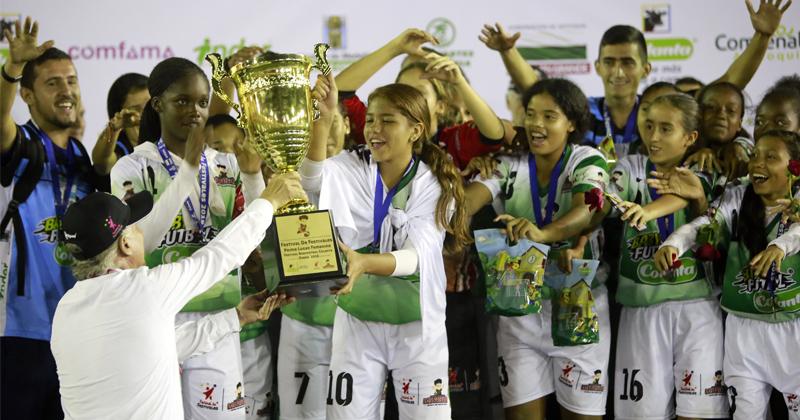 Bloques del Limonar y Los Alcázares, campeones del Baby Fútbol Colanta, en el Festival de Festivales 2019