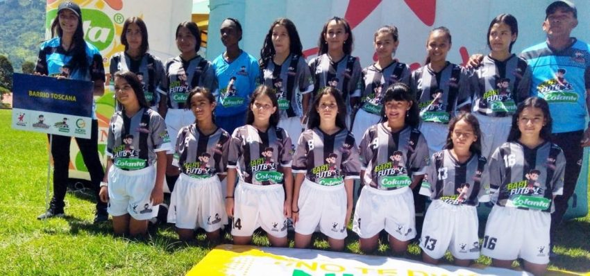 Dos equipos se juegan el último cupo para la final del Babyfútbol Colanta Femenino.