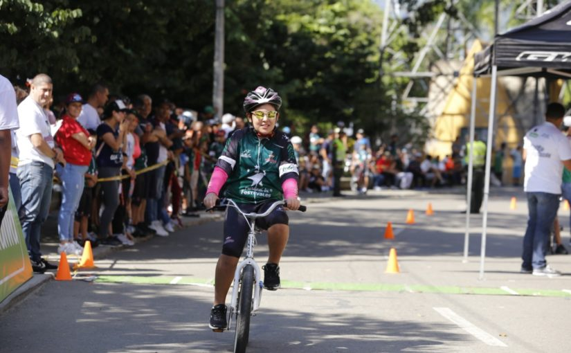 La familia Saldarriaga lleva el ciclismo en la sangre
