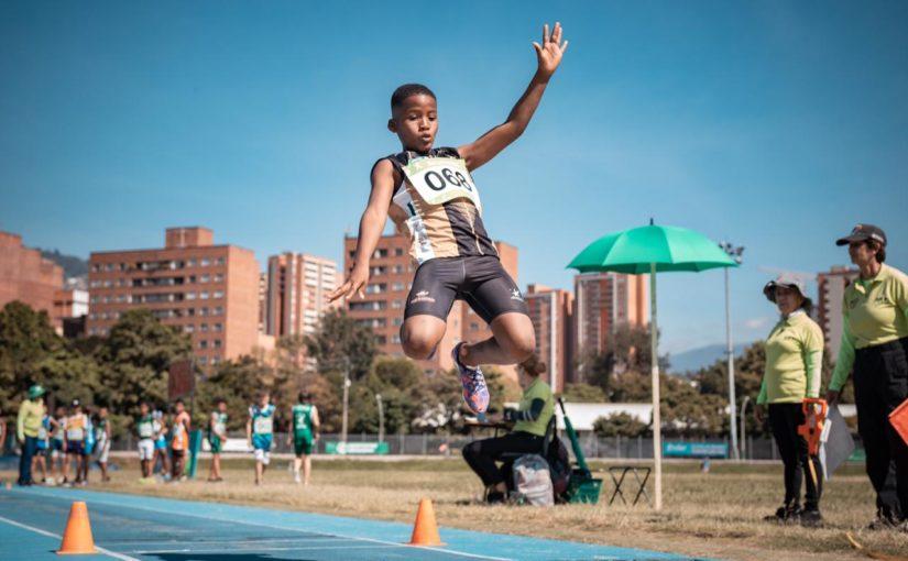 Inder Medellín, Corbanacol y Banafrut dominaron el Babyatletismo del Festival de Festivales